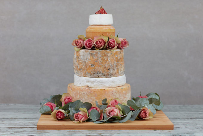 12 Tips For Creating The Perfect Cheese Wedding Cake