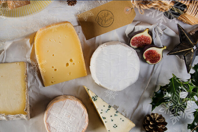 Pick your perfect cheese gift box for Christmas